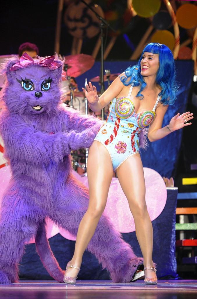 Maniac For Katy Perry - Maniac Magazine